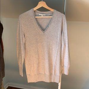 Banana Republic V Neck Sweater silk cotton blend